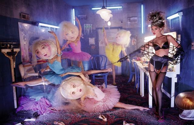 O fotógrafo cria cenas fantasiosas e improváveis (Foto: Divulgação)