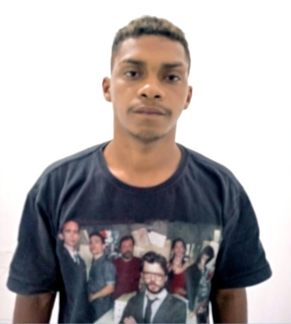 Jovem é preso suspeito de matar casal de namorados — Foto: Reprodução/TV Anhanguera