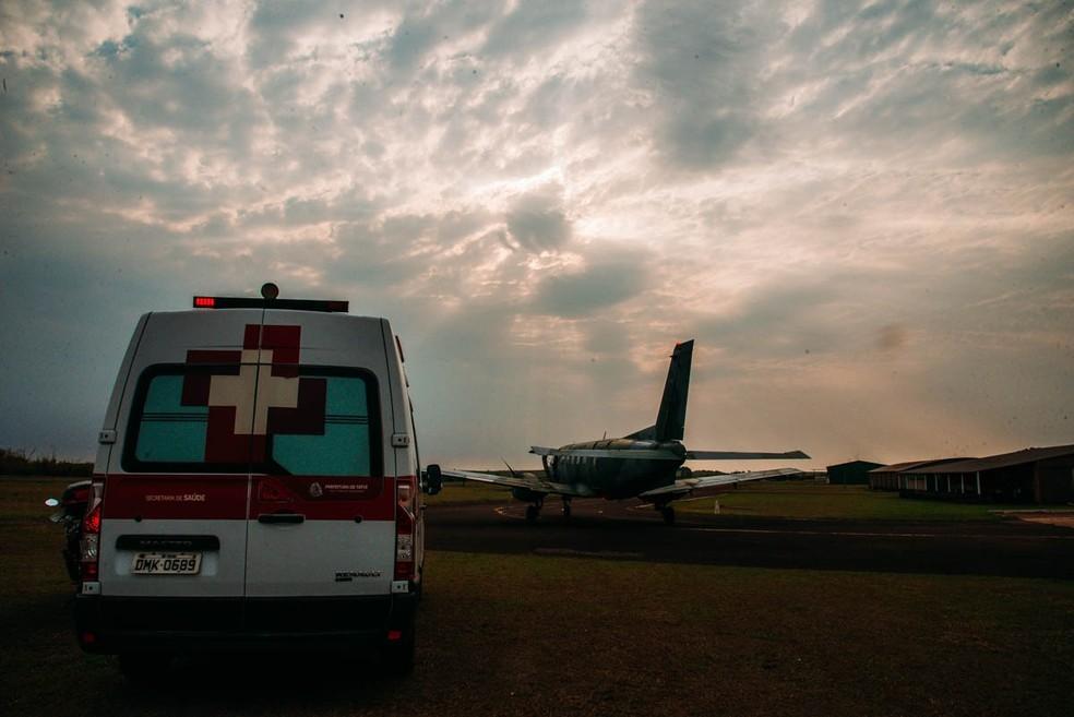 Avião da FAB foi até Tatuí para buscar os órgãos de um homem que teve morte neurológica — Foto: Prefeitura de Tatuí/Divulgação