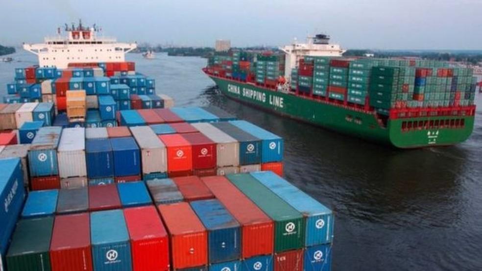 Organização Marítima Internacional das Nações Unidas reduz em 77% o limite de emissões de enxofre nas emissões produzidas pelos navios — Foto: Getty Images