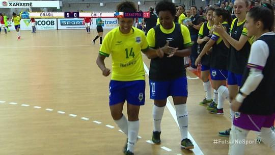 Os gols de Brasil 10 x 0 Chile pelo Grand Prix de Futsal feminino