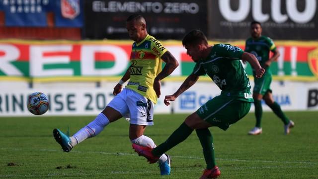 Brusque x Chapecoense duelaram na decisão estadual