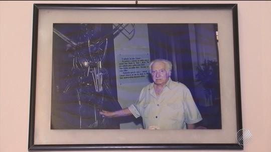 Casa onde Jorge Amado morou em Ilhéus reúne itens e conta a história do escritor que completaria 105 anos nesta quinta