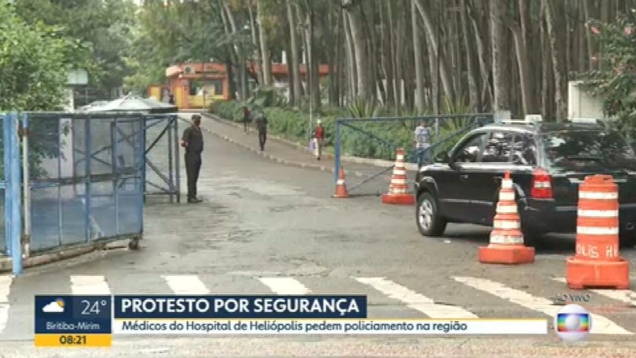 Médicos de Hospital de Heliópolis, na Zona Sul de SP, protestam contra falta de segurança