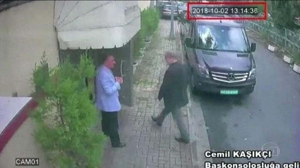 Jornalista saudita desaparece após entrar no consulado de seu país em Istambul — Foto: Reprodução/JN