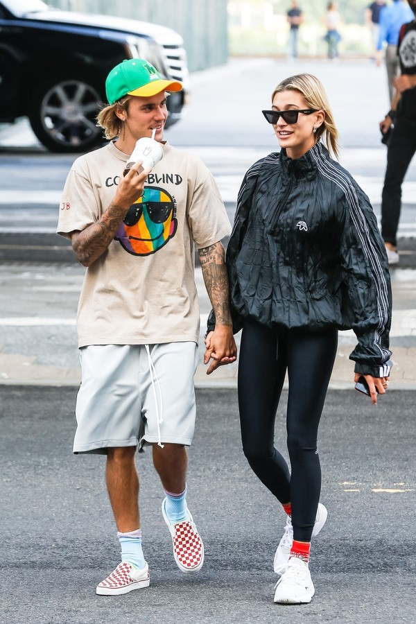 Hailey Baldwin e Justin Bieber (Foto: BACKGRID)