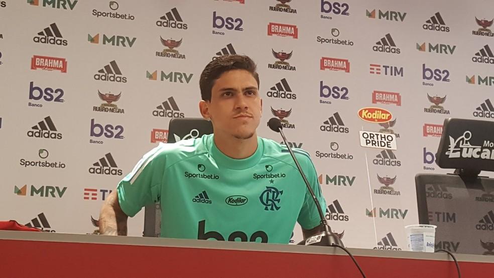 Pedro Apresentação Flamengo — Foto: Felipe Schmidt/GloboEsporte.com