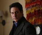 Scott Cohen em 'Allegiance' | Reprodução