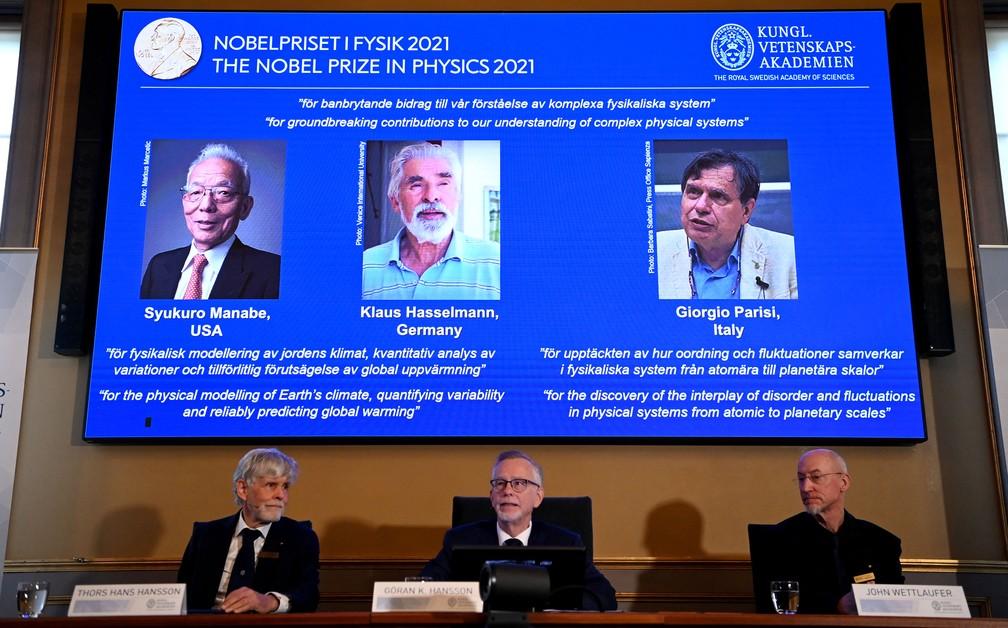 Syukuro Manabe, Klaus Hasselmann e Giorgio Parisi, vencedores do Nobel de Física de 2021 — Foto: Jonathan Nackstrand / AFP