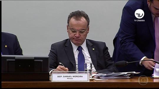 No 1º dia, comissão debate reforma da Previdência por 12 horas