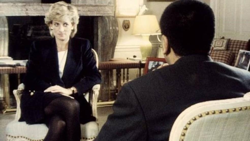 A entrevista de Martin Bashir no Panorama com a Princesa Diana foi transmitida em 1995 — Foto: Reprodução/BBC