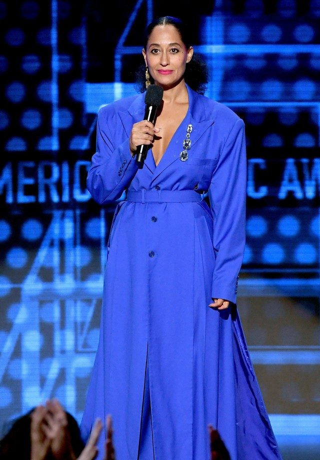 Tracee Ellis Ross veste Dèshon no AMA Awards (Foto: Getty Images)