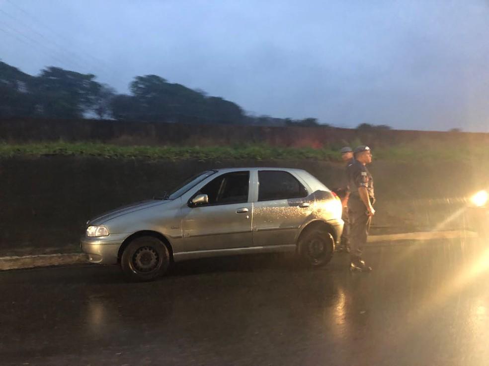 Homem foragido estava em outro carro abordado pela PM no São Judas — Foto: Guto Sousa/ Arquivo pessoal