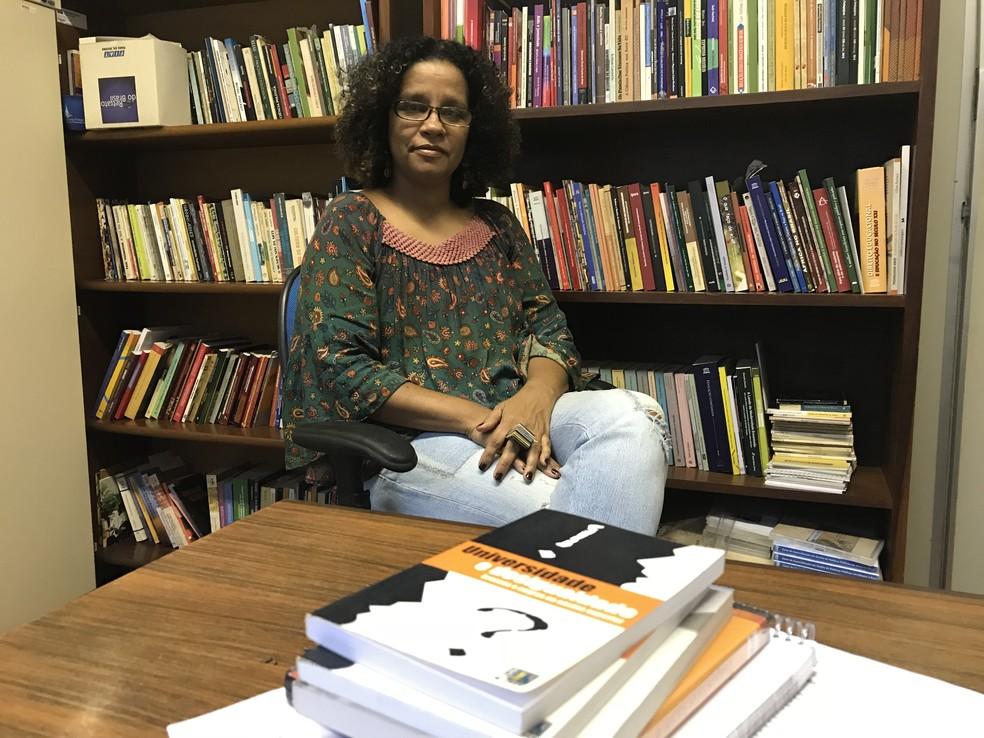 Professora da UnB, Renísia Filice faz balanço sobre 15 anos de implementação das cotas raciais na universidade (Foto: Marília Marques/G1)