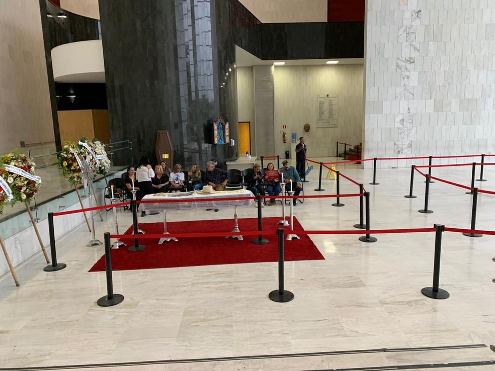 Corpo de Asa Branca é velado na Assembleia de SP — Foto: Giba Bergamim Jr./TV Globo