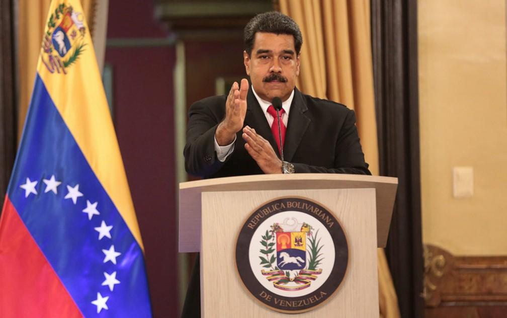 Nicolás Maduro aparece em pronunciamento oficial após ter seu discurso em uma parada militar interrompido bruscamente pelo que o governo da Venezuela afirmou ser um atentado com drones carregados de explosivos (Foto: Palacio Miraflores/handout via Reuters)
