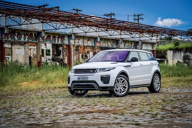 O nível de consumo médio é aceitável para o porte e peso do Range Rover Evoque (Foto: Rafael Munhoz/Autoesporte)