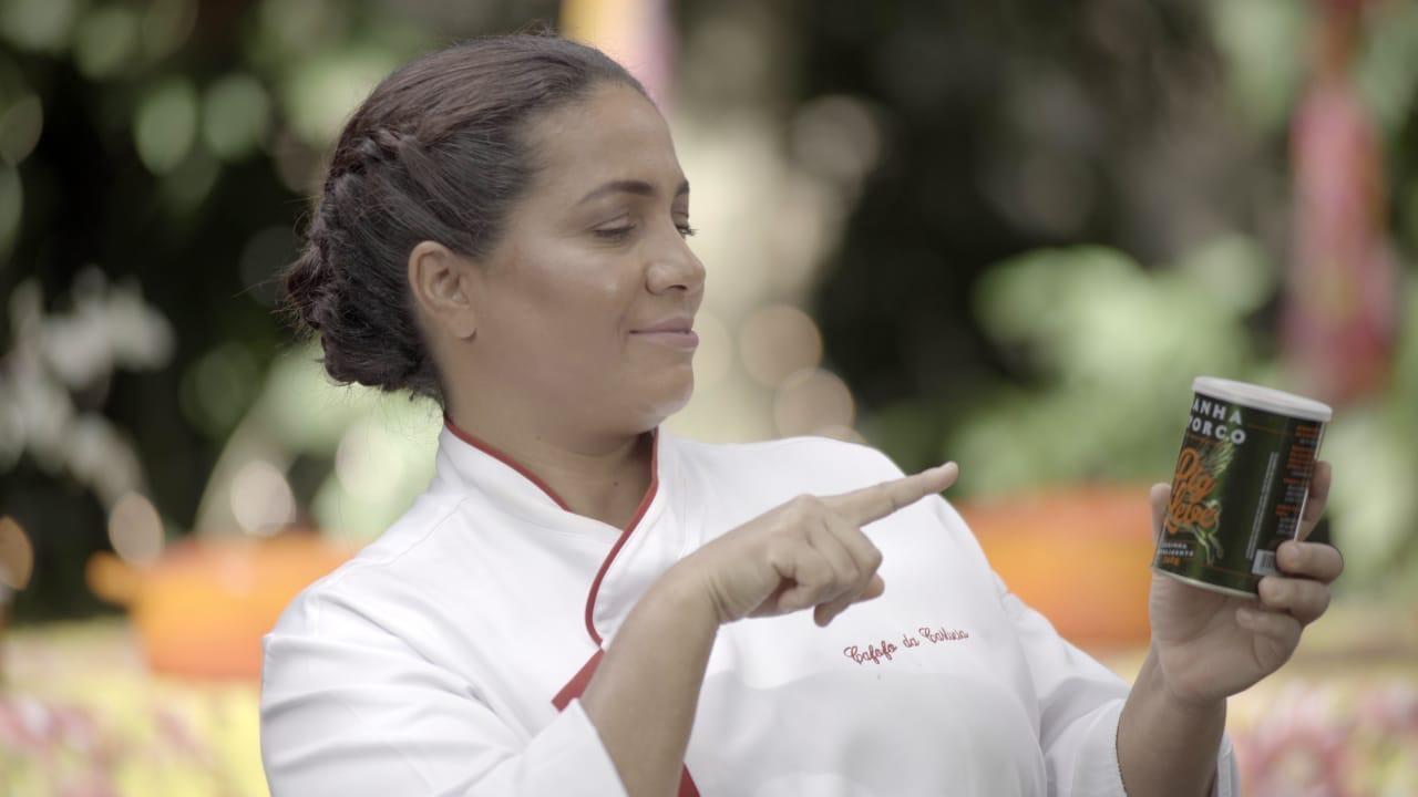 Carlúcia, a cozinheira revelada pelo saudoso Jorge Bastos Moreno