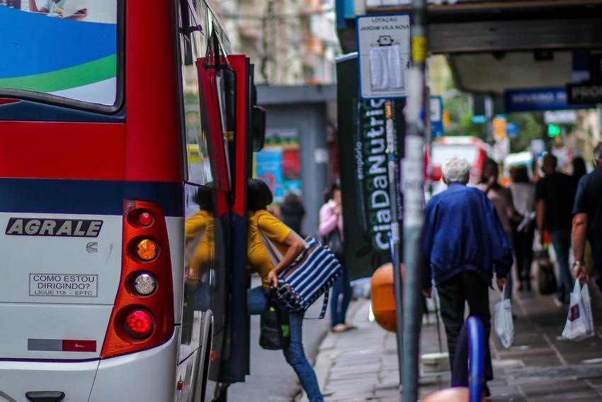 Transporte público de Porto Alegre tem mudanças a partir desta segunda; veja como fica