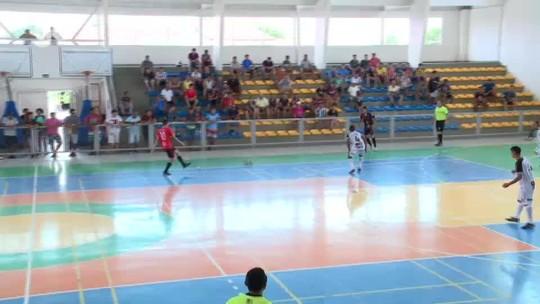 Futsal: a três segundos do fim, jogador faz gol do empate na final e deixa time em êxtase; assista