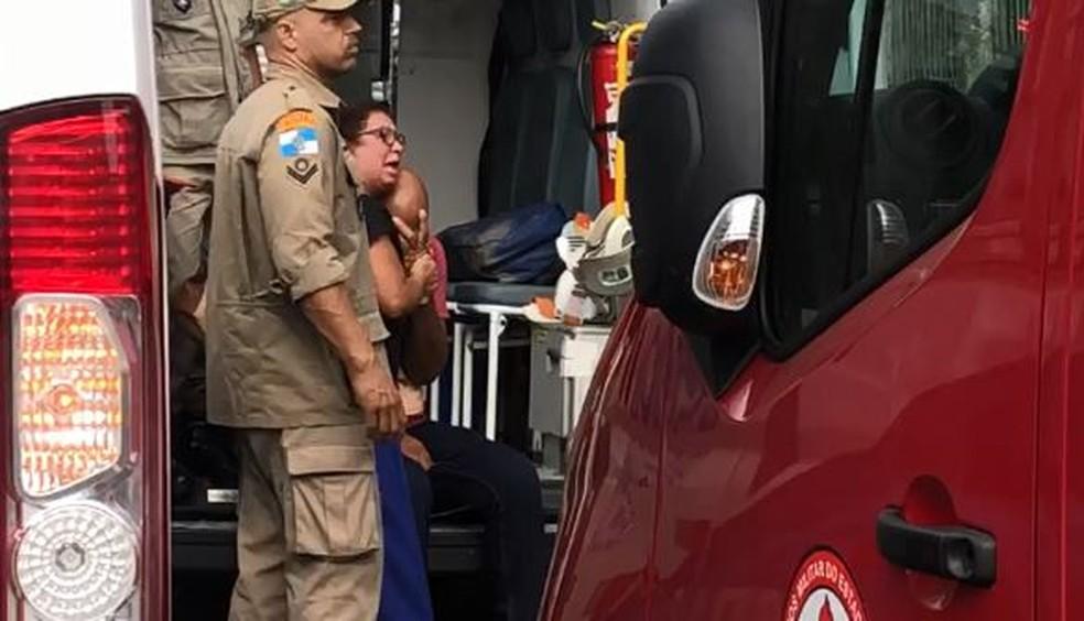 Familiares do maquinista ficaram desolados ao receberem a notícia — Foto: Matheus Rodrigues/G1