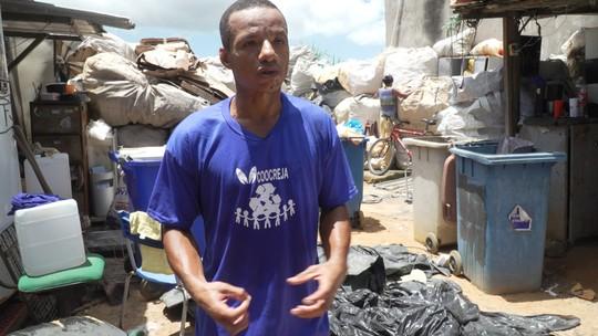Administrador conta sua trajetória como universitário e catador de matérias recicláveis