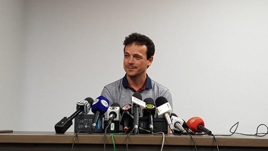 Diniz critica Celso Barros em adeus ao Fluminense: