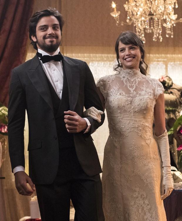 Rodrigo Simas e Agatha Moreira nas gravações de Orgulho e Paixão (Foto: Victor Pollak/TV Globo)