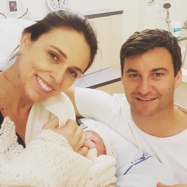 Jacinda compartilhou post do nascimento da filha (Foto: Reprodução/Instagram)