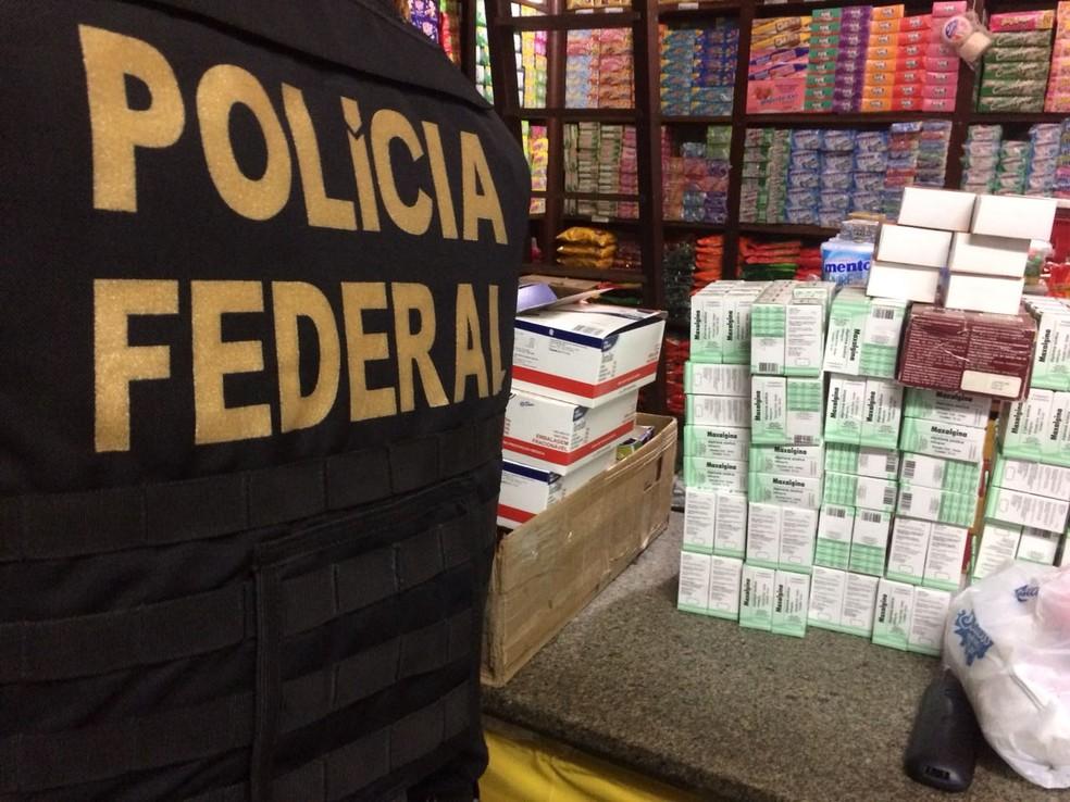 Operação da PF desarticula esquema de venda de produtos contrabandeados em feira de Salvador (Foto: Divulgação/Polícia Federal )