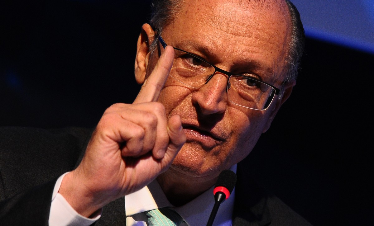 PSDB oficializa Rodrigo Garcia para 2022 e Alckmin sela desembarque do partido