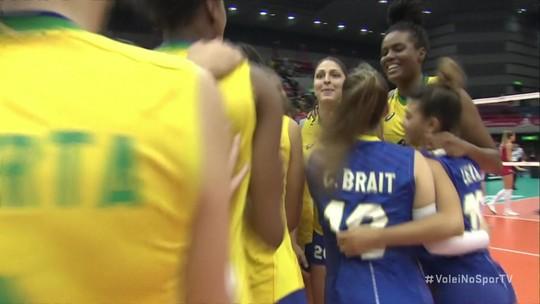 Com 23 pontos de Lorenne, Brasil derrota a Sérvia na estreia da Copa do Mundo de vôlei no Japão