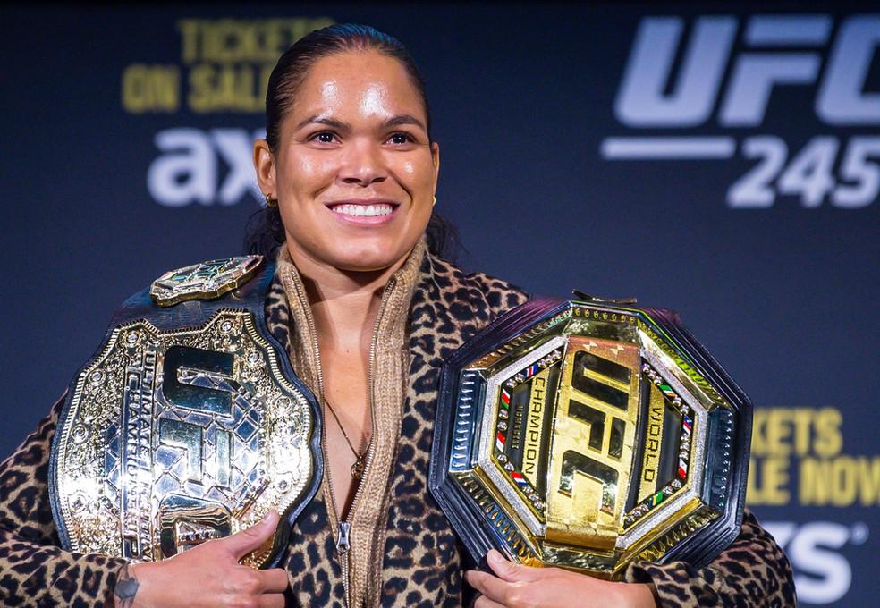 Amanda Nunes foi eleita a melhor lutadora do mundo no Oscar do MMA — Foto: Jason Silva