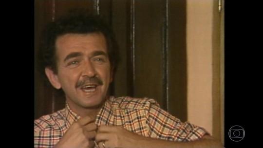 Parentes e amigos vão ao velório do ator Umberto Magnani no Centro de SP