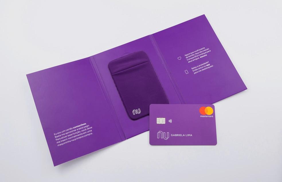 Nubank oferece cartão contactless para pagar por aproximação — Foto: Divulgação/Nubank