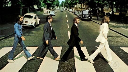 Foto icônica dos Beatles na Abbey Road, na Inglaterra, completa 50 anos