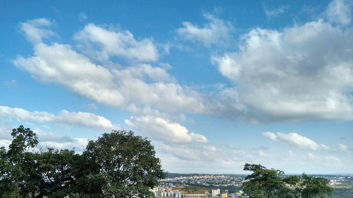 Maio termina com umidade relativa do ar abaixo do recomendado pela OMS no Centro-Oeste de Minas
