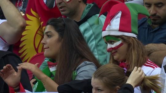 Iranianas aproveitam liberdade na Rússia e marcam presença nos estádios da Copa