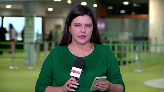 Bolsonaro diz que conversou com Angela Merkel sobre queimadas na Amazônia