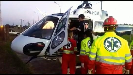 Quatro pessoas morrem e uma fica ferida após carro sair da pista e bater em árvore, diz PRF