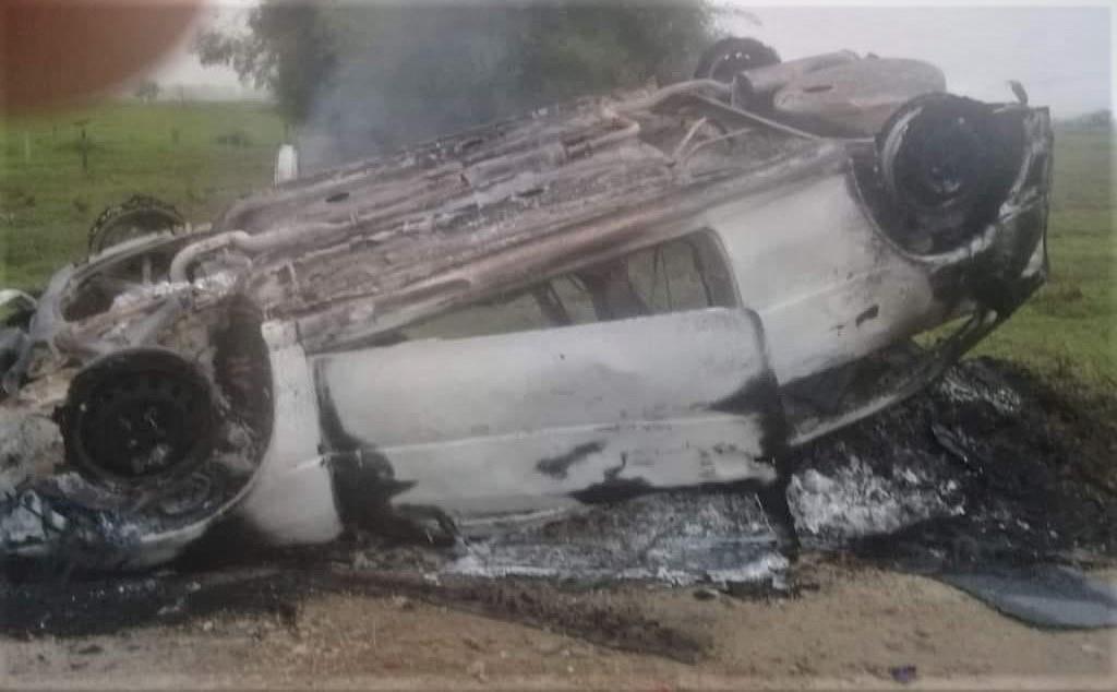 Carro é roubado em Porto Real e encontrado incendiado em estrada de terra em Quatis
