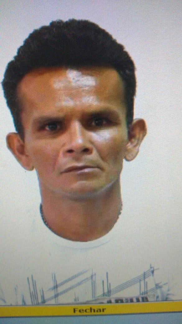 Homem é assassinado a golpes de barra de ferro enquanto dormia na frente de loja em Boa Vista - Notícias - Plantão Diário