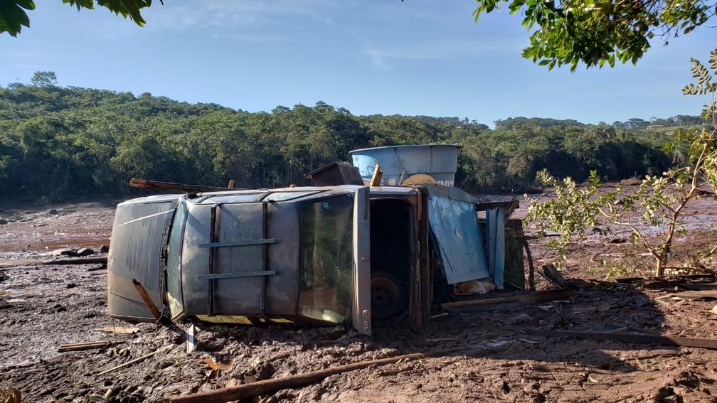 Sétimo dia das buscas em Brumadinho, MG, nesta quinta-feira (31) — Foto: Raquel Freitas/G1