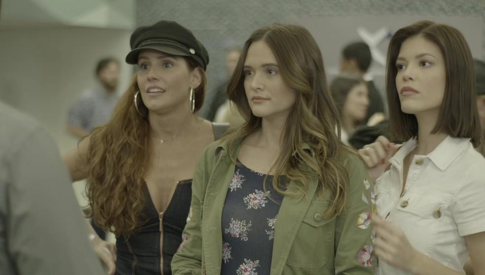Alexia como Josimara, Luna como Fiona e Kyra como Cleyde em 'Salve-se Quem Puder' — Foto: Globo