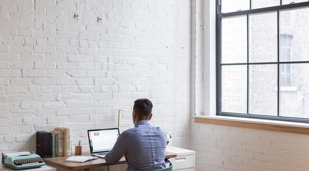 Home office: pesquisa do Ibope Conecta mostra que 53% dos profissionais brasileiros nunca trabalhou de casa (Foto: Reprodução/Pexel)