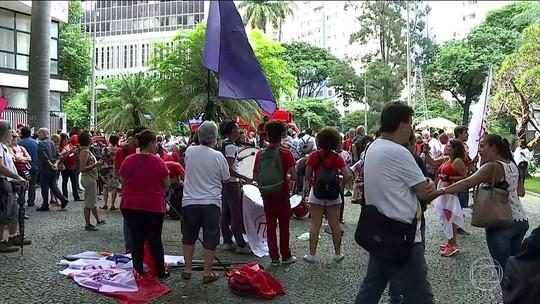 Manifestantes contrários a Lula se reúnem na Paulista, em SP
