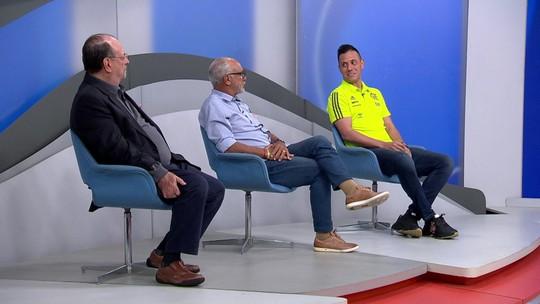 """Diego Alves aponta para Júnior e diz: """"Jogar à Flamengo virou referência, falta ganhar título para marcar"""""""