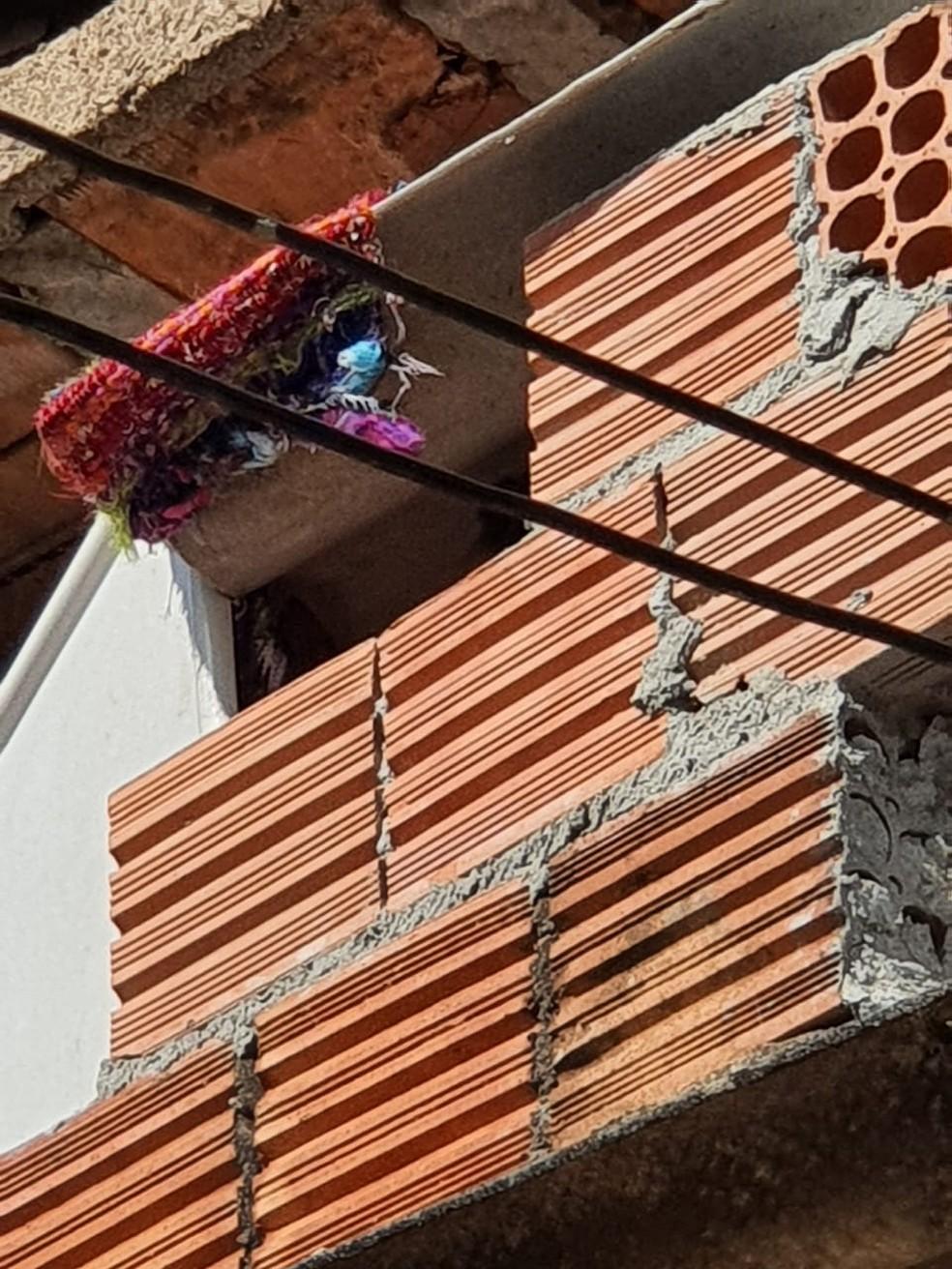 Área onde criança era mantida, em Campinas — Foto: Polícia Militar