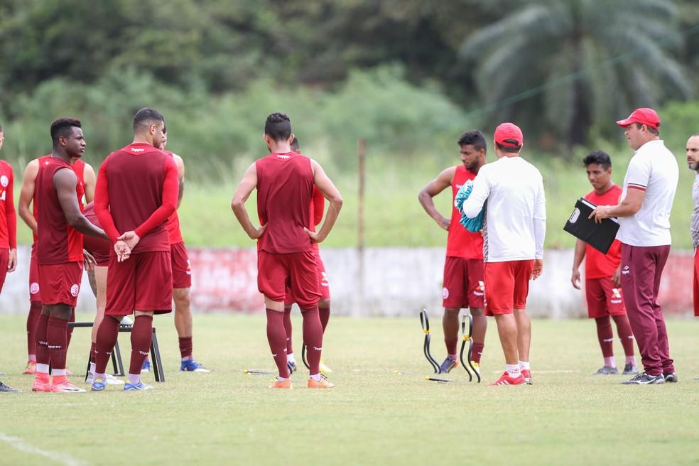 Renovações com o atual elenco já começaram (Foto: Marlon Costa/ Pernambuco Press)