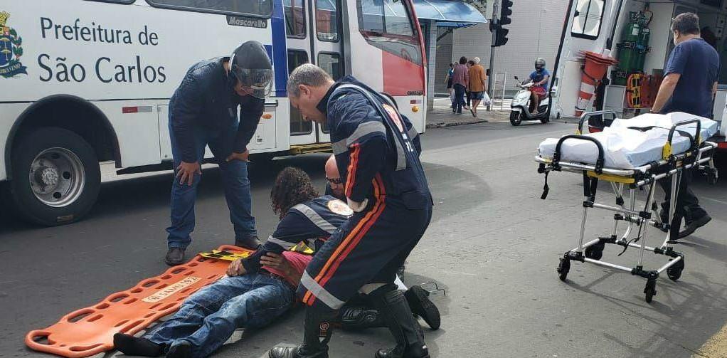 Idoso de 66 anos é atropelado por moto em São Carlos - Notícias - Plantão Diário